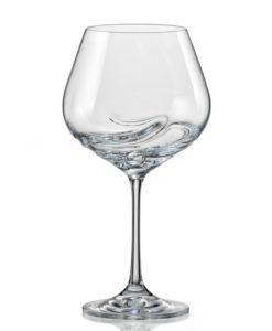 pohár na červené víno
